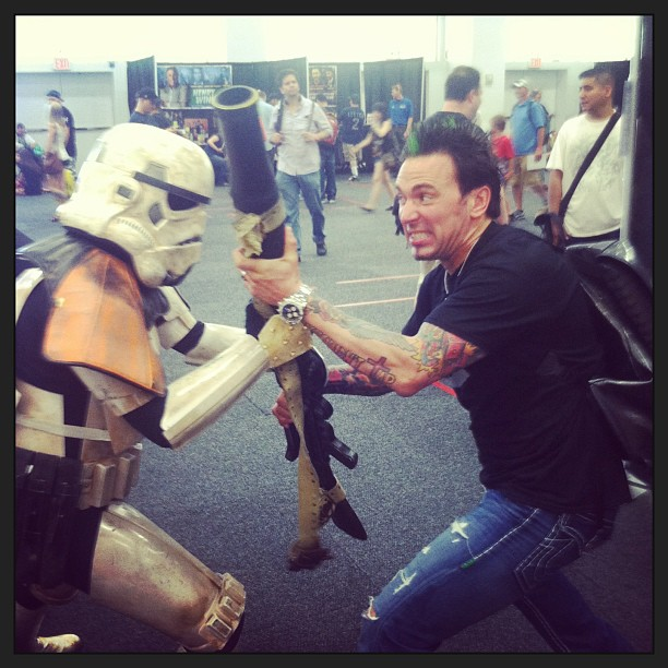At Wizard World, New York, a stormtrooper takes on Mighty Morphin' Jason David Frank.  Guess who wins?